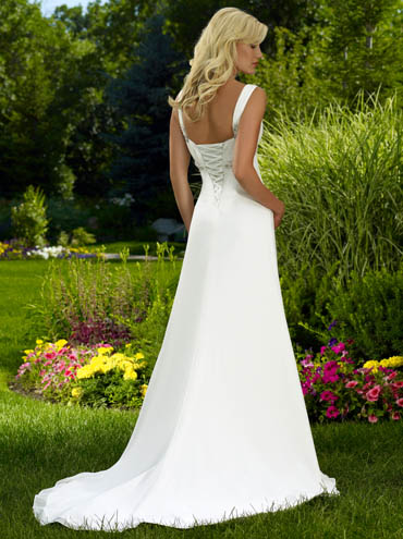 Raylia Designs Bridal Gown W2320L Size 10 Diamond White